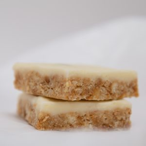 Lemon and Apricot Slice